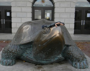 The Jolie rubs the nose of Testudo, the mascot of the University of Maryland. It's a Terp thing.